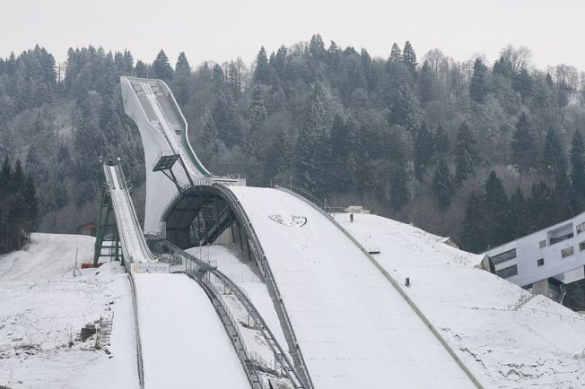 Olympic_ski_jump